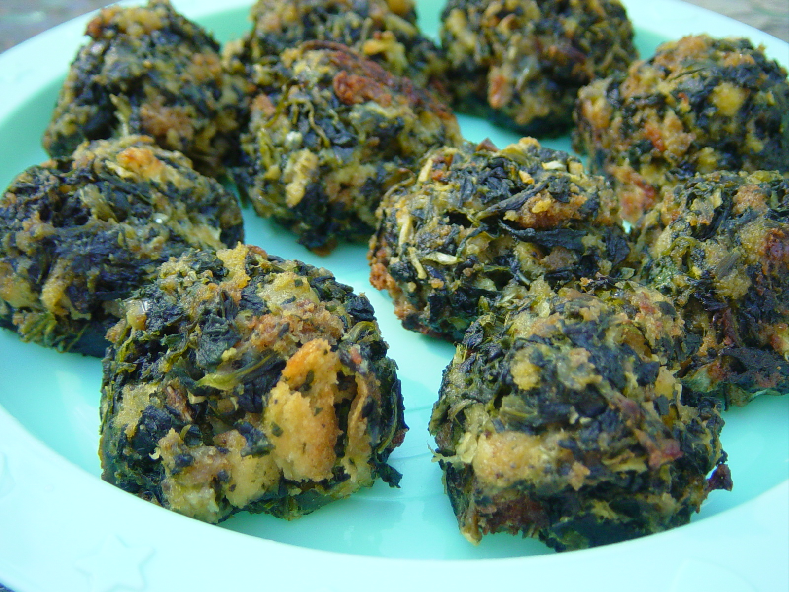 SPINACH BALLS | Somebody's Mom: Home Cooking Recipes and Cookies for ...